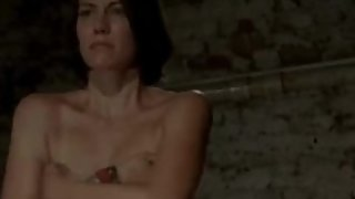 Lauren Cohan made to strip THE WALKING DEAD (2012)