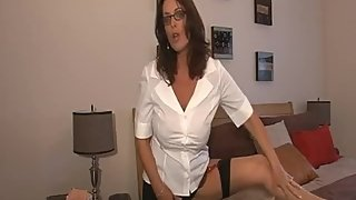 Rachel Steele CustomDeeDee01 - Cougar wants to make you cum hard