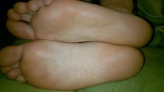 Milf`s size 9 sleepy soles and long toes