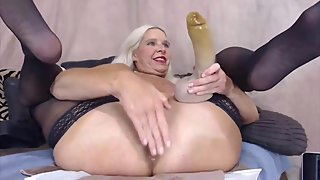Anal MILF with freckles fucking her ass hole