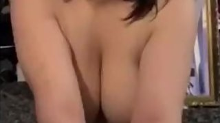 Big tits brunette Deep throating daddy
