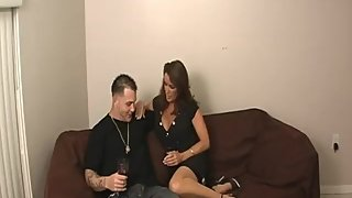 Rachel Steele MILF410 - Meeting my Tinder date after weeks. Ready for him!