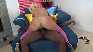 Blonde footbal mom cheating on husband with big black dick gardener at home