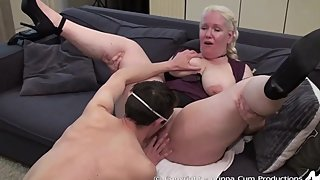 My first professional video - Licking her pussy
