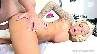 800DAD Big Tit MILF Lolly Ink Railed by Gigolo Incall